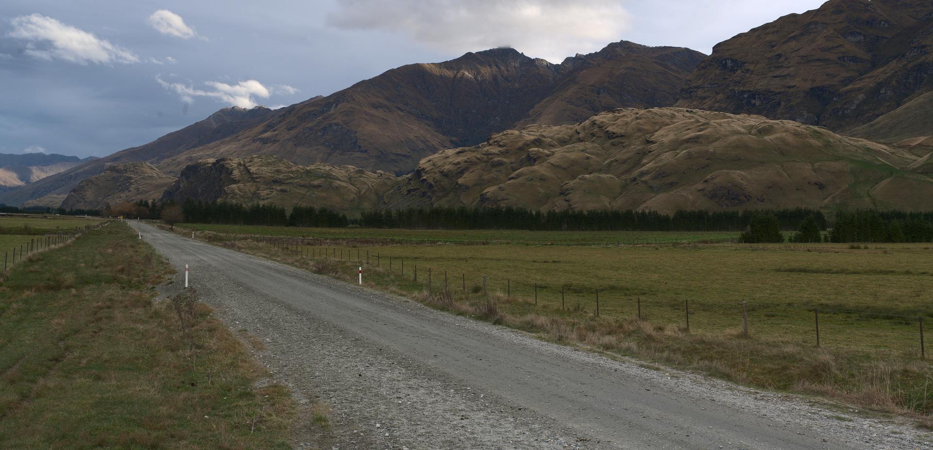 Driving up the Matukituki Valley